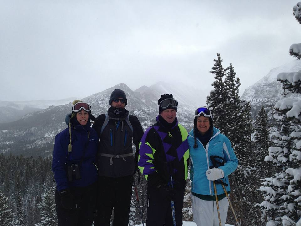 Jessica, David, Scott and Valerie snowshoe in Rocky Mountain National Park